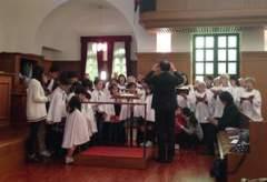 聖歌隊と一緒に歌いました
