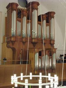 教会の礼拝を支えるオルガンの力を改めて感じる時となりました。