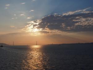 海に沈む夕日もとってもきれいでした。